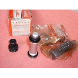Kit Pompa Freni 04493-35010